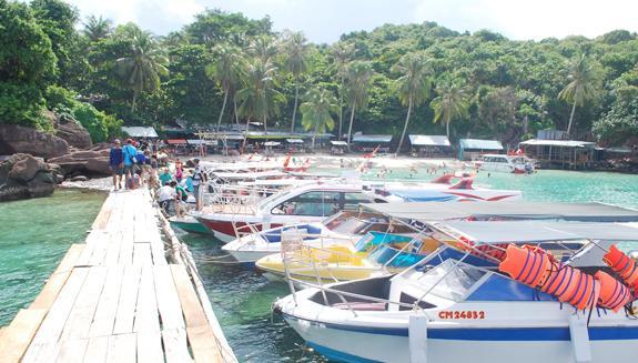 Hợp tác với các công ty du lịch cho thuê tàu, cano vận chuyển khách du lịch