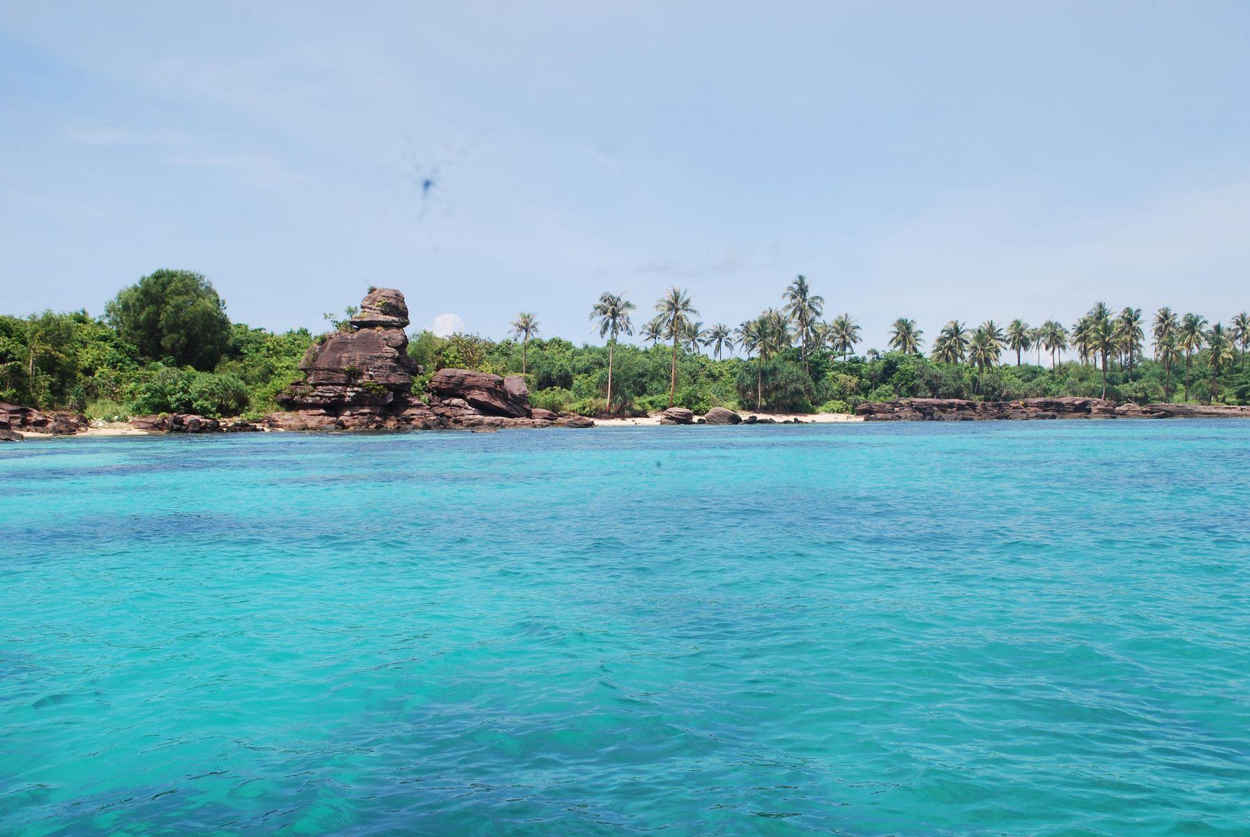 Tour 2 đảo: Hòn Móng Tay Hoặc Hòn Gầm Ghì - Hòn Mây Rút